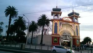 Der Luna Park (ein Freizeitpark in St Kilda in Melbourne)