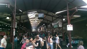 Hier war ich zum Night Market des Queen Victoria Markets. Es gab Speisen aus allen Ländern und Live-Musik. Fast ein bisschen wie BRN.